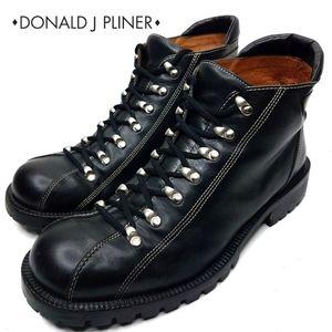Donald J. Pliner Lace up Black Boot 9.5m